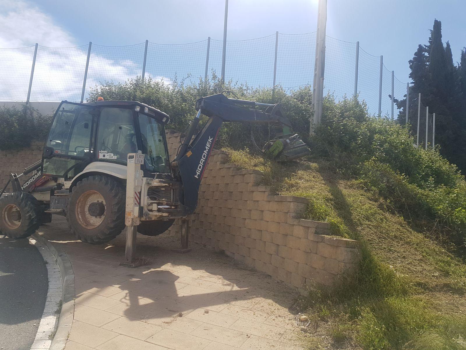 Desbroce zona deportiva Ajuntament de Vallmoll - Tarragona